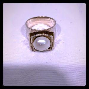 SILPADA silver/pearl ring